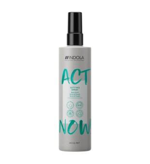 Indola Act Now Setting Spray Modeliuojantis purškiklis plaukams, 200ml | inbeauty.lt