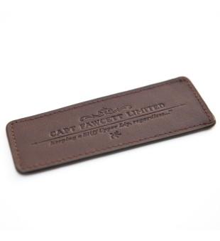 Captain Fawcett Leather Case For Folding Pocket Beard Comb Odinis dėklas barzdos šukoms, 1vnt. | inbeauty.lt