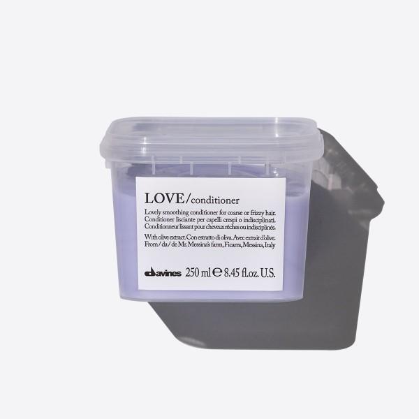 LOVE Smoothing kondicionierius tiesiems plaukams, 250 ml