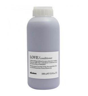 Davines LOVE Smoothing kondicionierius tiesiems plaukams, 1 l | inbeauty.lt